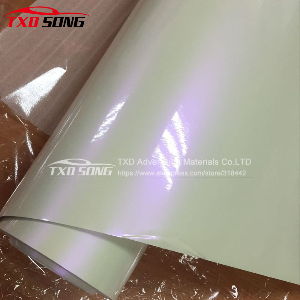 Premium quality Glossy pearl white chameleon vinyl film with air bubble free 1.52*20m/Roll Chameleon white to purple car sticker