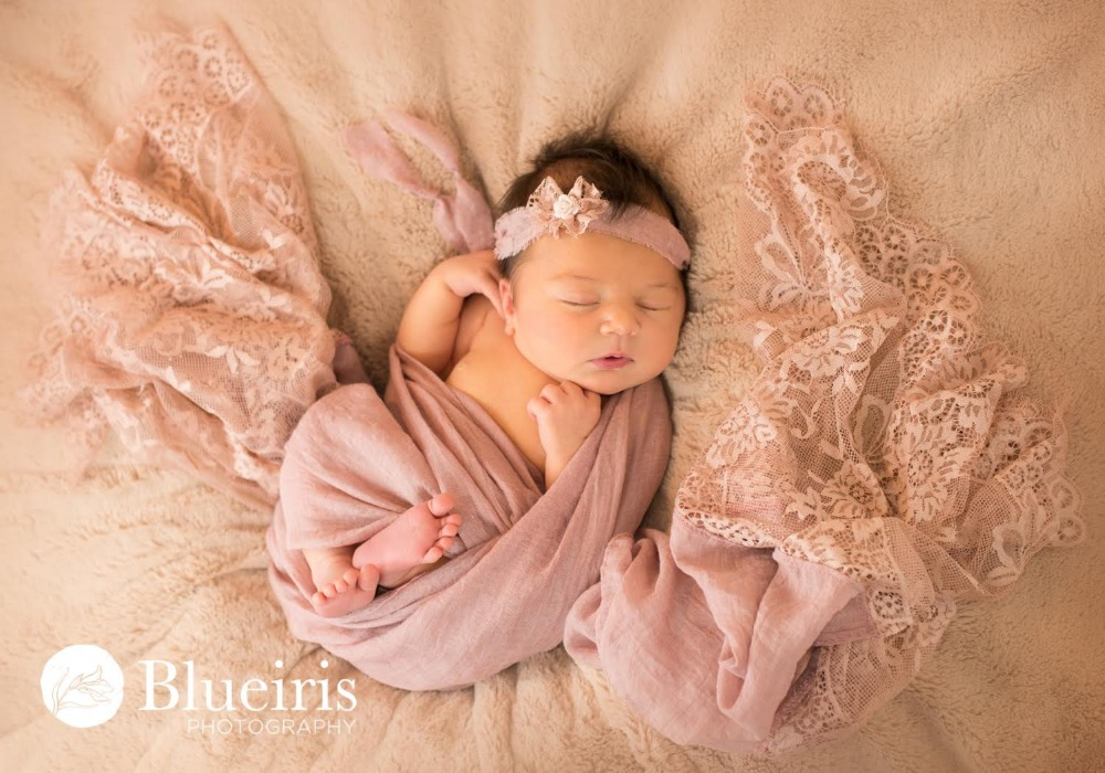 Newborn photography props lace baby wraps photo prop lace trim checkered layering