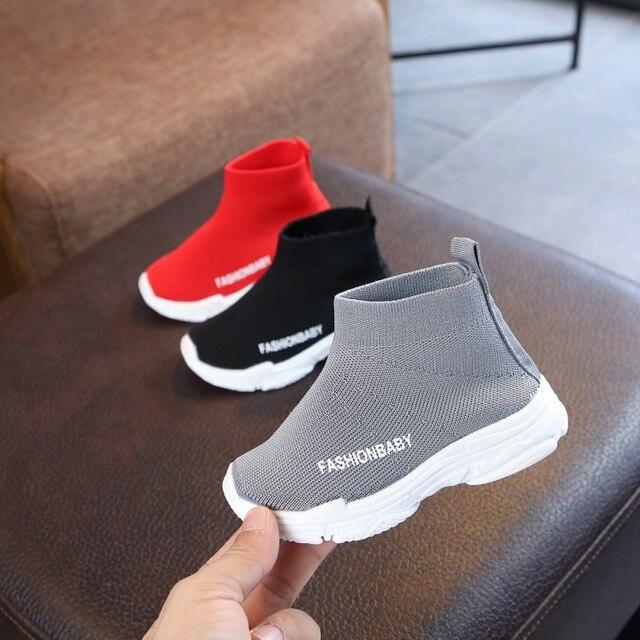 ילדי נעליים יומיומיות בנות Sneaker ריצה בני נעליים יומיומיות חיצוני אנטי חלקלק לטוס לסרוג ילדי גרבי נעל נעל 1-6Y
