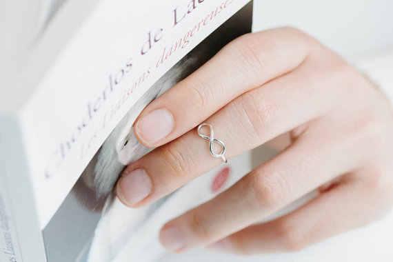 Smjel Baru Emas Perak dan Merah Muda Sederhana Infinity Cincin Tak Berujung Wanita Cincin