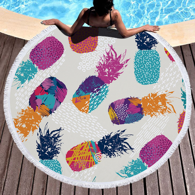 9dd9aab188134 2018 New Round Beach Towel Tassel Indian Toalla Mandala Tapestry Sunblock  Bikini Cover-Up Blanket