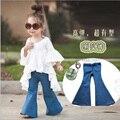 Nuevos Pantalones de La Muchacha Niños de Moda Para Niñas Estilo Polainas de La Muchacha niños Casuales Pantalones de Mezclilla Azul Pantalones Vaqueros de Campana