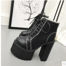 купить 2018 new autumn thick high heels Martin boots waterproof high platform women boots quality pu leather ankle boots for women по цене 2053.8 рублей