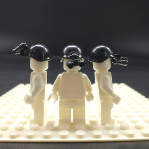 Image 2 - 10 шт., аксессуары для шлема городской полиции, кирпичи, военные противогаз, оружие, сборка, бейсболка с надписью «SWAT», детские строительные блоки