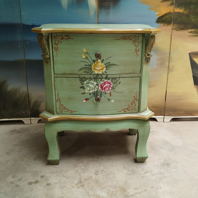 Charmant European Pastoral Retro Home Accessories Vintage Hand Painted Antique  Furniture Round Cabinet Bedside Cabinet Corner
