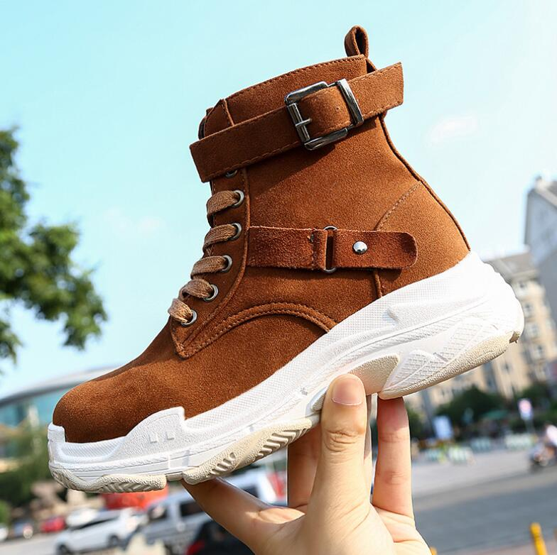 Booties female 2018 autumn winter new fashion with thick platform women's boots wild high top shoes women casual High for shoes