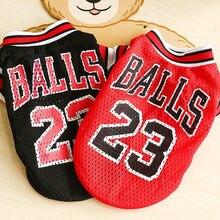 Deportes de Verano chaleco del perro gato ropa para mascotas malla  transpirable sudadera baloncesto Jersey ropa 2d0a9e5569b03