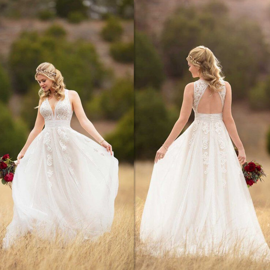 Halter V-neck Neckline Beading Lace Appliques A-line Bridal Dress with Shining Pearls Belt Backless Sweep Train Wedding Dress