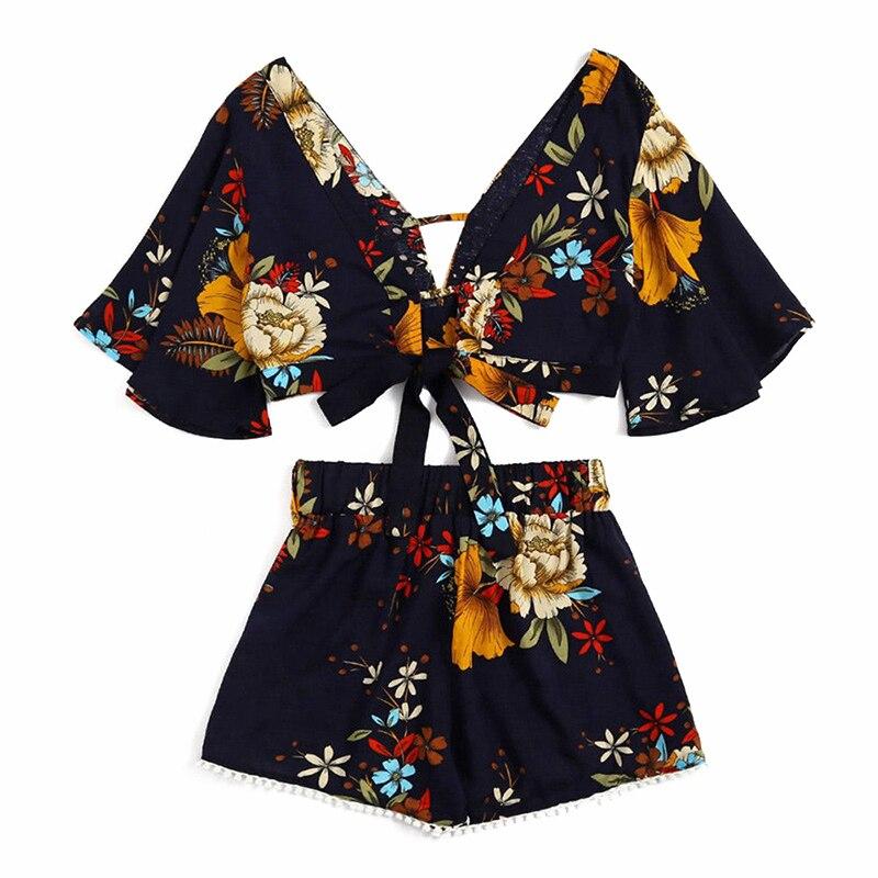 hot sale 2018 Summer Women fashion set Casual Floral V-neck short flare sleeve Crop Top+ Shorts 2pcs Set Beachwear