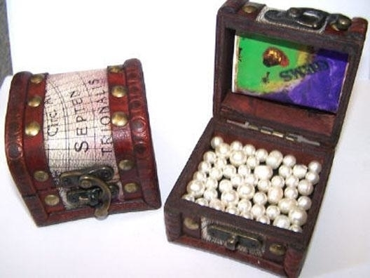 2 ASST TREASURE PIRATE CHEST pirates party item jewels novelty coins gold NEW pirate jack looks for treasure