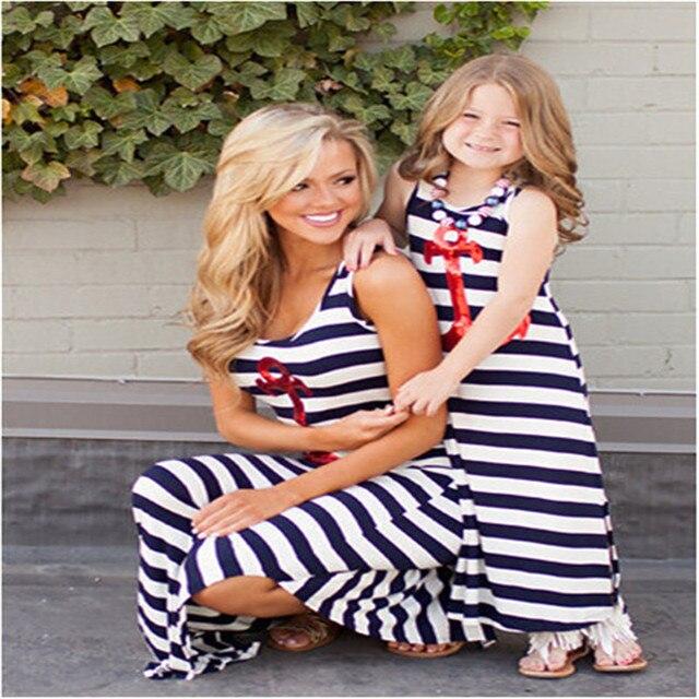 Семья Соответствующие Наряды Мать дочь платья полосатый рукавов лето мама и дочь платье 2017 семья посмотрите clothing