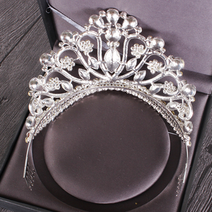 Image 5 - New Silver Gold Color Wedding Queen Crown Luxury Crystal Big Tiara Crowns With Comb Bride Wedding Bridal  Headdress HG 213
