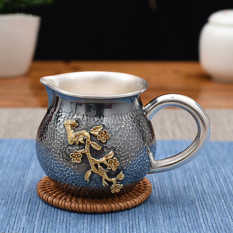 Pure Silver Tea Hailiang Old Hammered Gold-plated Plum Blossom Fair Cup Pure Silver Tea Haikungfu Tea Separator