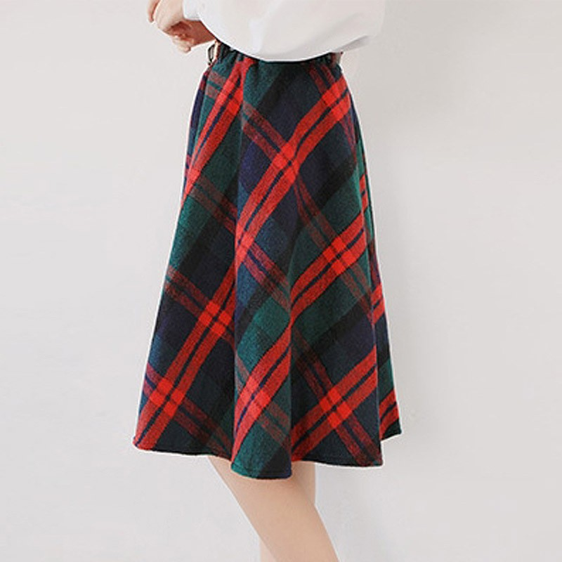 30adf6e47 Sometimes,You Are Looking Super Young And Adorable With These Plaid Skirt