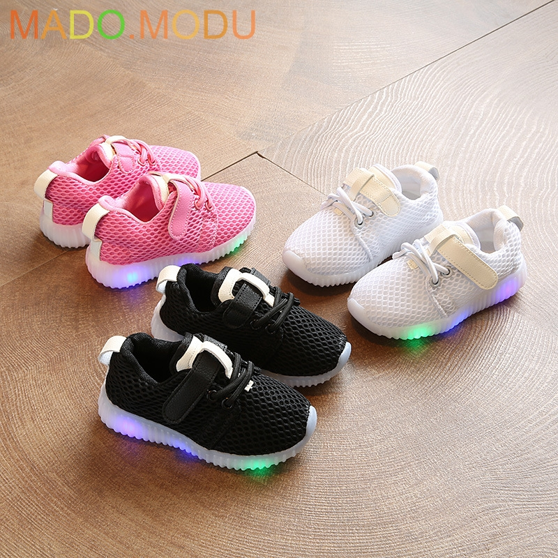 Children Shoes With Light 2018 New Toddler Fashion Led Kids Shoes Luminous Glowing Sneakers Baby Boys Girls LED Shoes EU 21~30Children Shoes With Light 2018 New Toddler Fashion Led Kids Shoes Luminous Glowing Sneakers Baby Boys Girls LED Shoes EU 21~30