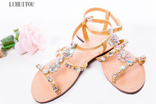 2019 NEW Women`s summer bohemia diamond sandals women beach Rhinestone shoes T-strap thong flip flops Plus Size peep toe