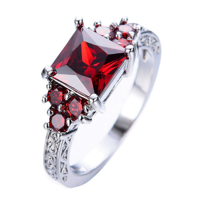 Luxury Red Garnet Princess Cut Red Ring Women Elegant Wedding