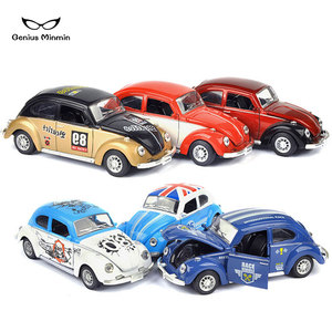 1:28Q version cartoon pattern beetle car model car decoration jewelry alloy children's toy pull back car