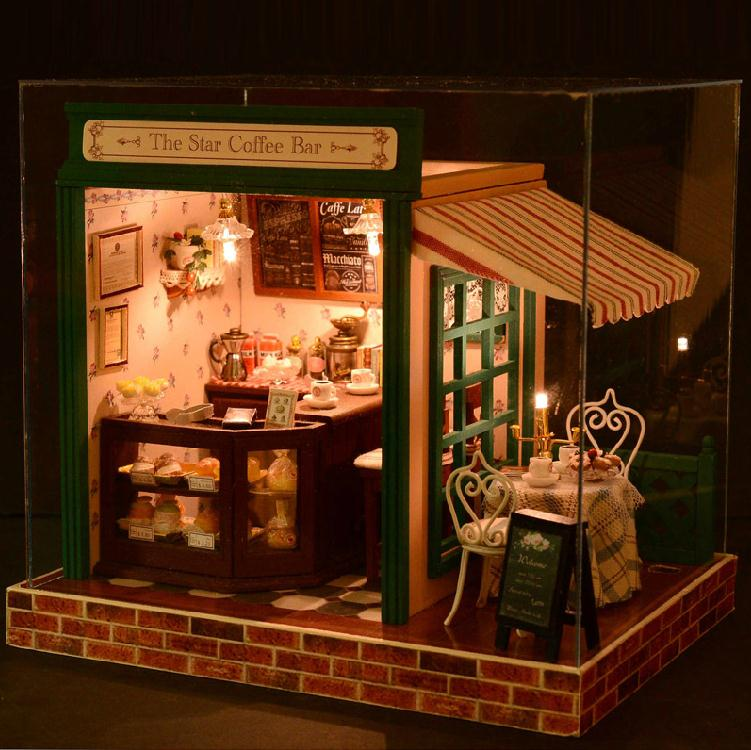 Model Rooms On Small Scale