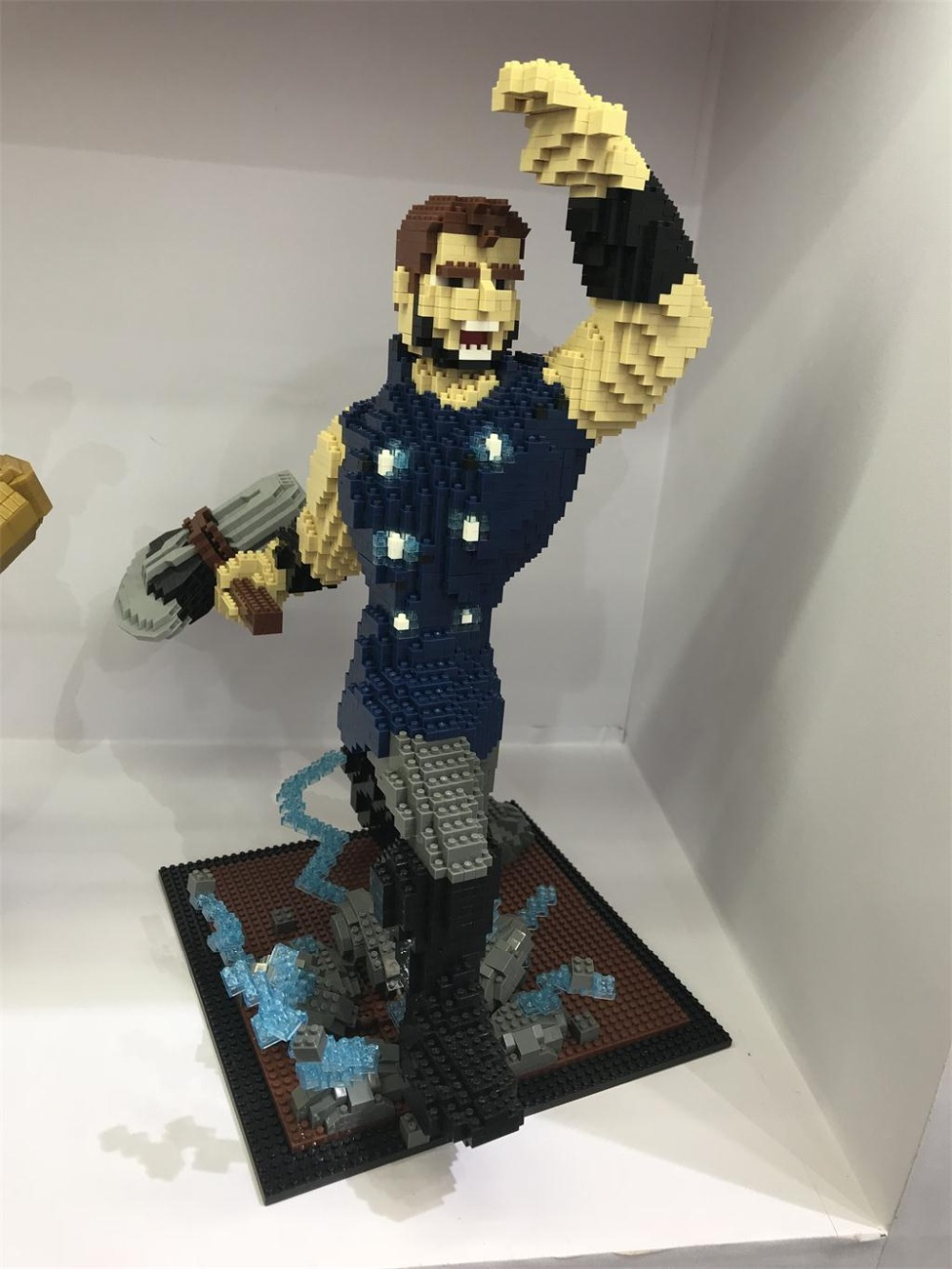 Micro Block Small Particle Building Jumped Iron Spider man Infinity War Suit Big