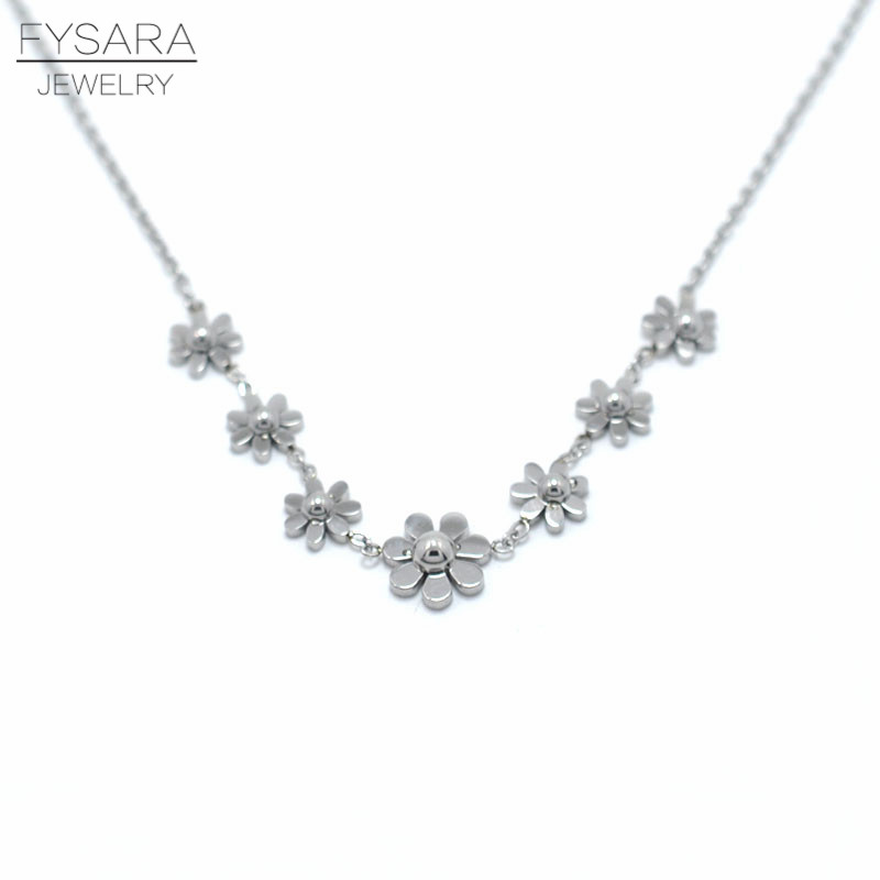 Fashions Forever ® 925 Sterling Silver Cubic Zirconia Collar Colgante Flor