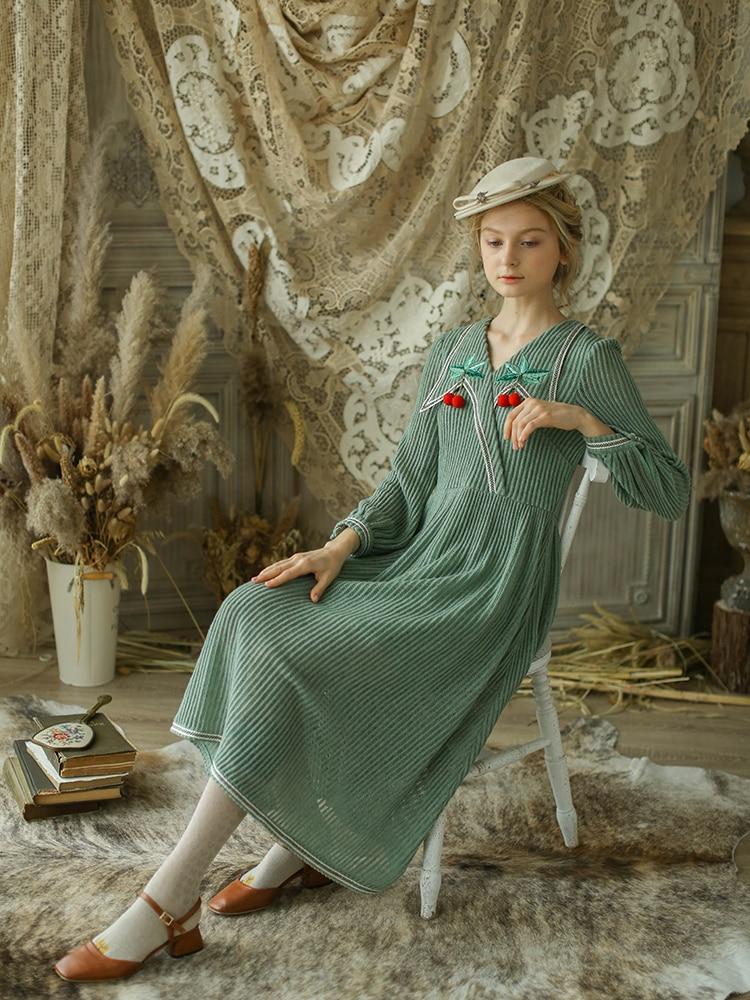 LYNETTE'S CHINOISERIE Automne Hiver Conception Originale Femmes Slim Vintage Mori Filles V-cou Revers Tricoté Robes