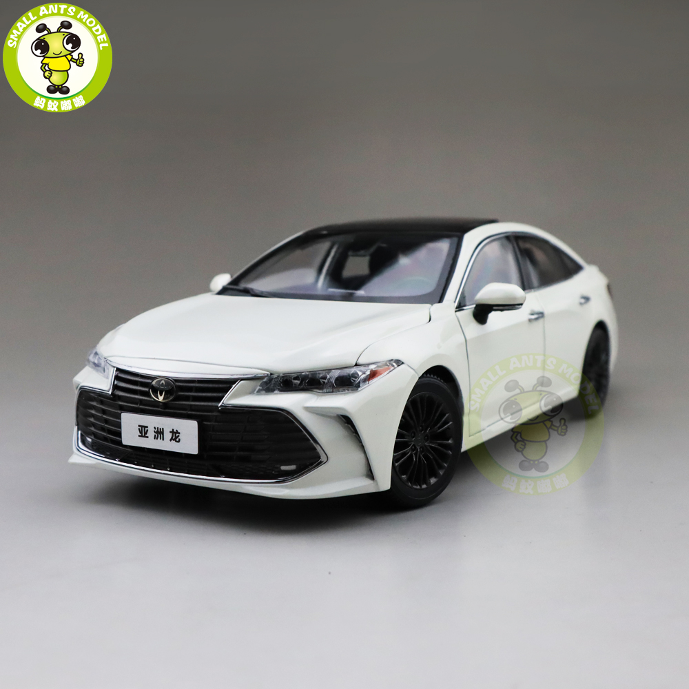 1 18 Toyota Avalon Diecast Car Model Toys kids Boy Girl Gifts Collection White