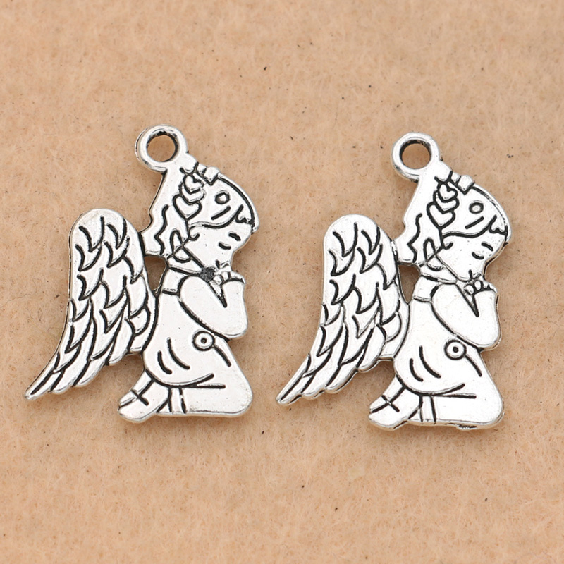 25pcs Winged Heart Charms 2 Sided Charms Antique Silver Tone 14x14mm 2219