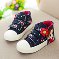 2017 novas crianças meninas lona shoes for kids meninas botas respirável floral plana de alta shoes casual lazer meninas shoes eu25-37