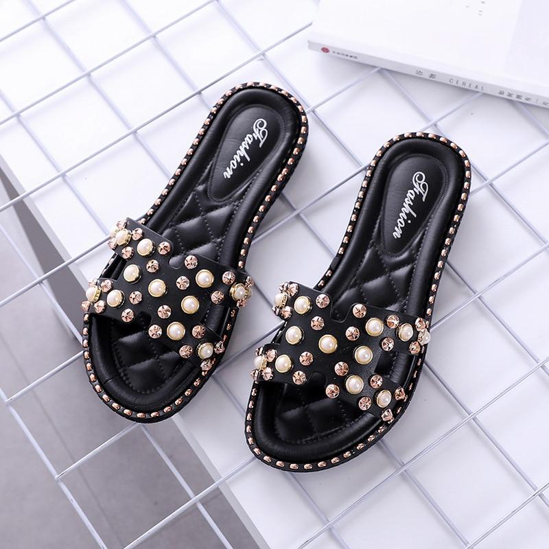 42938abef1e3 Bailehou Women Slippers Home Female Flat Ladies Woman Shoes Beach Flip  Flops Pearl Slippers Fashion Rivet Slip On Slides Slipper-in Flip Flops  from Shoes on ...