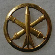 Hot sales ORIGINAL OLDER Vintage FRENCH ARMY ARTILLERY BERET BADGE HAT  Big discount army 3D metal badges FH680073