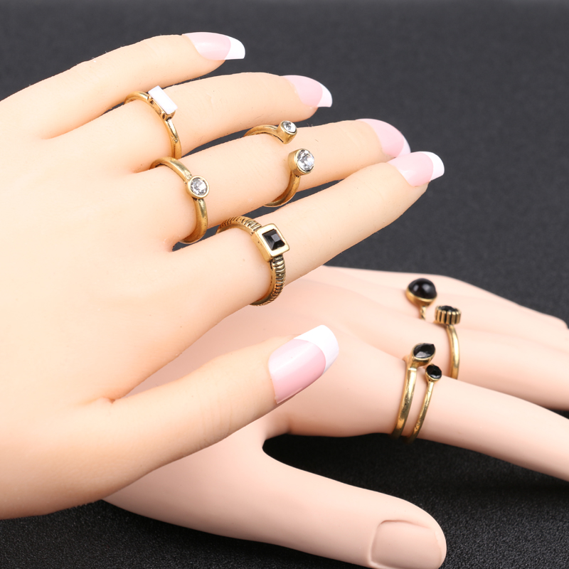 8pcs sets Vintage Finger Ring Black Resin White Crystal Gold Color     8pcs sets Vintage Finger Ring Black Resin White Crystal Gold Color Jewelry Fashion  Rings For Women 2017 Hot in Rings from Jewelry   Accessories on