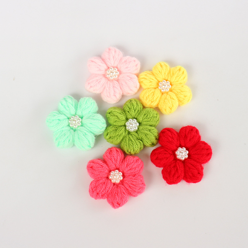 Wholesale(10 pieceslot) Handmade Candy Color Crocheted Knitting Craft Floral Design with Pearl for Hair Barrette Accessories