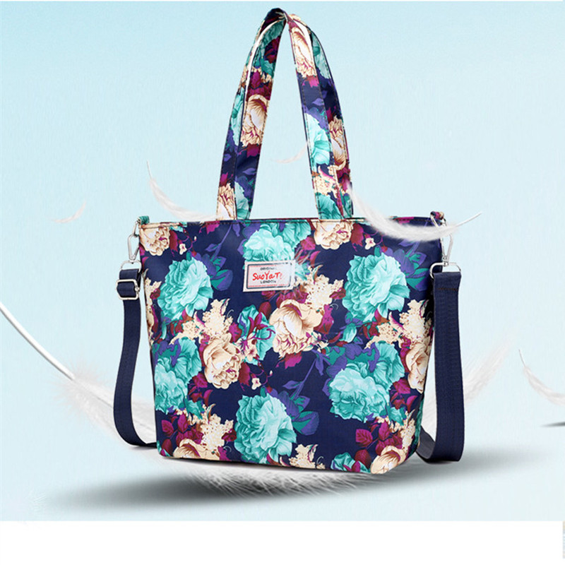 2019 fashion ladies handbag large size handbag ladies casual floral printing nylon shoulder Messenger bag beach bag in Top Handle Bags from Luggage Bags
