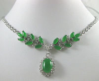 free shipping>>@> beautiful & noblest green Natural stone necklace pendant