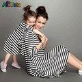 2017 Moda vestidos filha da Mãe de Família Roupas Combinando preto branco Listrado Meia manga Vestido de Mãe e filha roupas