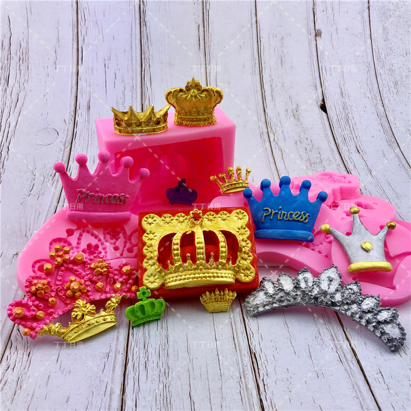 Crown Silicone Mold <font><b>Cake</b></font> Border Decoration Moulds <font><b>Fondant</b></font> Chocolate Sugarcraft Mould <font><b>Cake</b></font> <font><b>Decorating</b></font> <font><b>Tools</b></font> Baking <font><b>Accessories</b></font> image