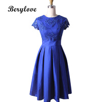 Knee Length Royal Blue Graduation Dresses Homecoming Dresses With Sleeves Sequined Lace Appliques Homecoming Gowns formatura