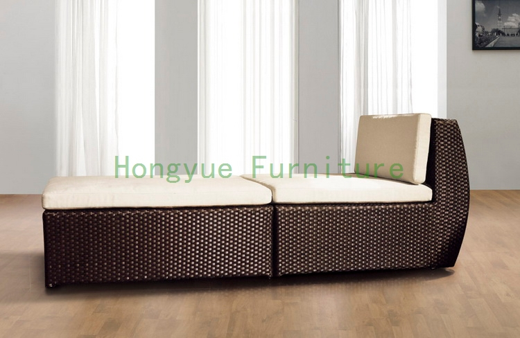 Rattan sectional chaise lounge with cushion,living room furniture