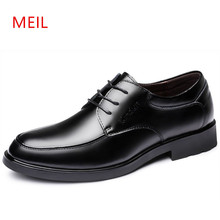 купить Mens Shoes Genuine Leather Italian Formal Wedding Dress Shoes Men Elegant Party Dress Oxford Shoes for Men Shoe Social Masculino дешево