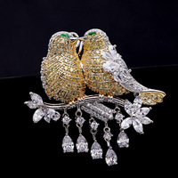 Cute Unique AAA Cubic Zircon Micro Paved Lovebirds Bird Brooches Pin Women Scarves Buckle HR02352