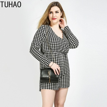 TUHAO 2019 Spring Summer Print Mini Playsuit Bodysuit Rompers Womens Office Lady Jumpsuit Plus Size 7XL 6XL 5XL Femme Clothes RL