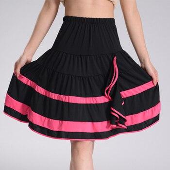 7893ae4f009df Las nuevas mujeres de baile latino falda de algodón Spandex salón de baile  Samba Chacha baile vestido dentro con Anti vaciado pantalones cortos chicas  Mini ...