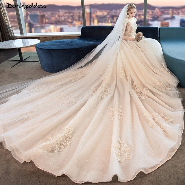 Mariage 2018 Luxury Wedding Dress Ball Gown Short Sleeve Wedding Gowns Champagne Princess Wedding Dress with Long Tail