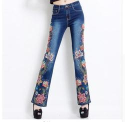 2019 Damen Stickerei Blume Flare Hosen Jeans Frau mit Hoher Taille Plus Größe Denim Dünne Jeans Push-Up Jeans Femme 6XL Größe