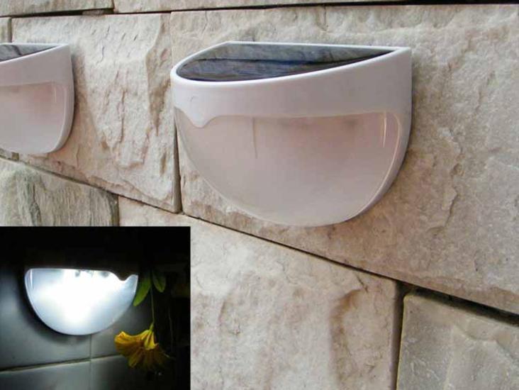 Gratis forsendelse Ny LED Solar Panel Lampe 6 LED Light Sensor Vandtæt monteret Udendørs Hegn Garden Pathway Wall Lamp Lighting
