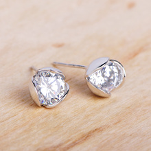 Funmor Basic Bud 925 Sterling Silver Stud Earrings Zircon Simple Ear Jewelry Women Girls Daily Gathering Holiday Ornaments Gifts