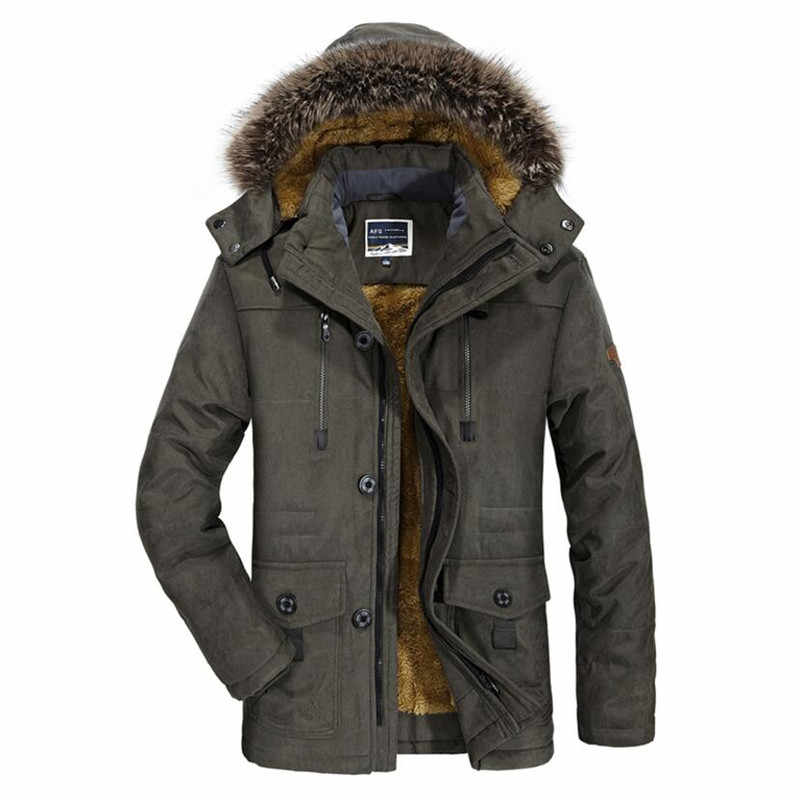 Winter Military Jacken Männer Warme Casual Parkas Mantel Casual Pelz Kragen Dicke Baumwolle Gefütterte Fleece Bomber Jacken Mantel 5XL 6XL
