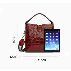 Image 5 - DIINOVIVO Retro Alligator Pattern Bucket Female Bag Patent Leather Bags For Women Bag Handbag Small Shoulder Bag Wallet WHDV1157