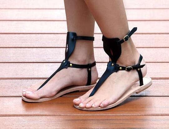 Black Leather T-Buckles Women Clip Toe Sandals Summer Fashion Concise Style Ladies Flat Sandals Roman Sandals Gladiator Sandals classic leather sandals classic leather sandals women sandals summer sandals